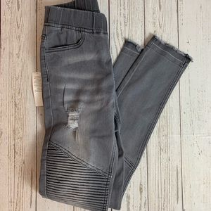 NWT Grace & Lace gray moto jeggings XS